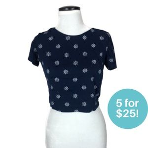 5/$25 - Ardene Nautical Themed Crop Top Size Small
